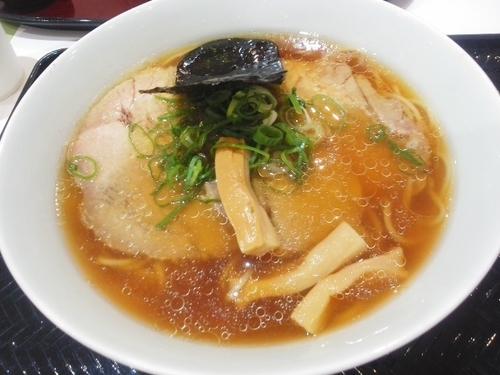「チャーシュー醤油らぁ麺 ¥1030」@湘南 野の実 Terrace mall 湘南店の写真
