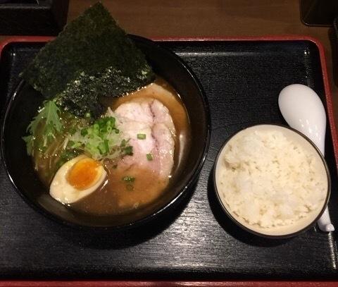 「あっさり+佐助チャーシュー2枚」@麺屋 小野万の写真