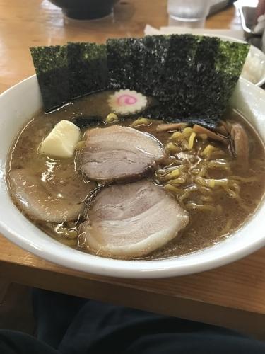 「醤油ニンニクバターラーメン」@じゅんちゃんラーメンの写真