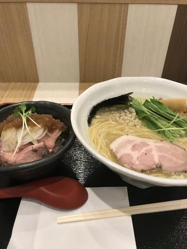 「濃厚鳥白湯+ローストポーク丼(小)セット」@麺処 景虎 produced by ほん田の写真