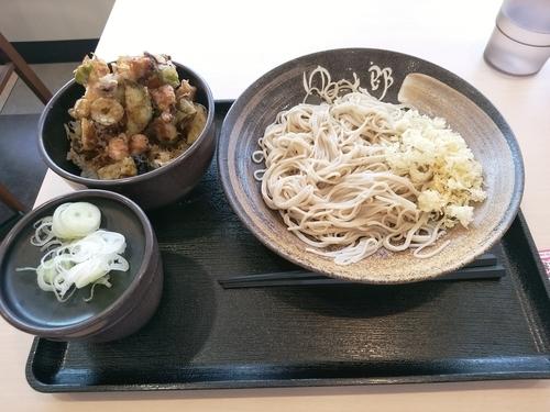 「夏野菜とゲソのかき揚げ丼セット(並盛)650円」@ゆで太郎 前橋朝日町店の写真