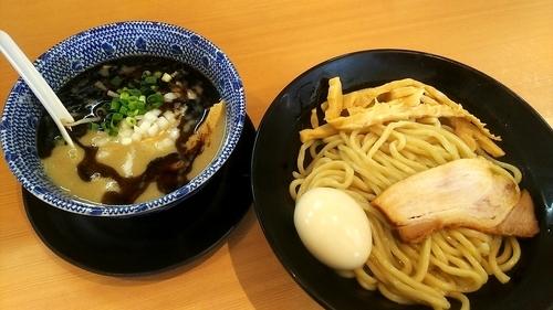 「鶏黒つけ麺 特のせ」@麺堂 稲葉の写真