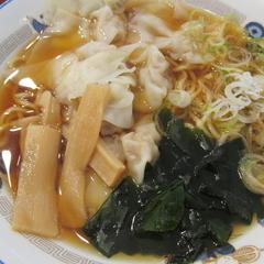 山田うどん 明和町店の写真