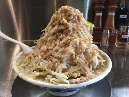 「醤油ラーメン700円/麺300g+野菜多め+脂多め+味濃いめ」@らーめん大 京都深草店の写真