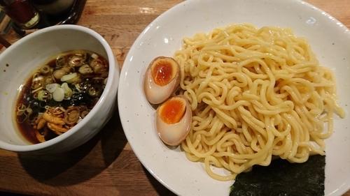 「つけそば、大盛、味たま」@西新宿 つけそば 黒門の写真