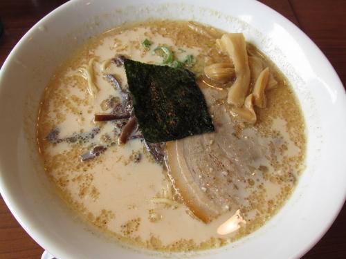 「豚骨煮干らぁ麺 「620円」」@四十四代目 哲麺 幸手店の写真