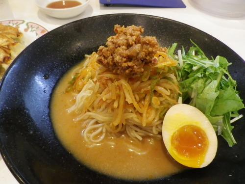 「冷やし味噌+餃子」@餃子の王将 石川町店の写真