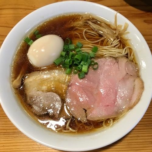 「味玉中華そば 並 (880円)」@麺や 新倉の写真