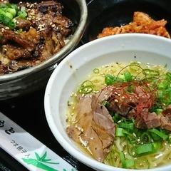 マルハのカルビ丼 ららぽーと富士見店の写真