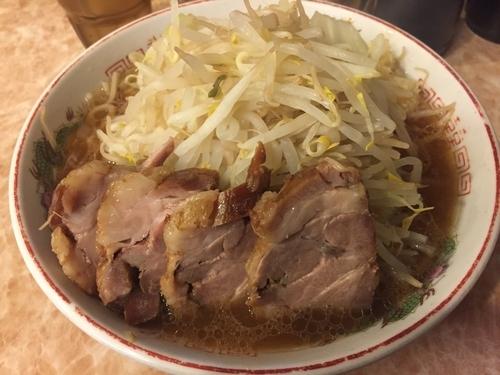 「らーめん中豚・ヤサイニンニク(850円)」@肉汁らーめん 公 kimiの写真
