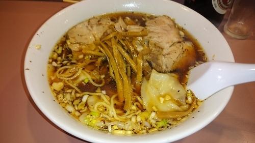「チャーシューワンタン麺」@名物屋の写真