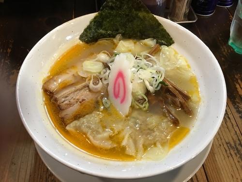 「海老塩ラーメン+ワンタン」@麺蔵 もみじの写真