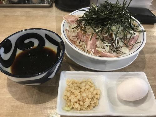 「冷やし肉もりそば」@麺や マルショウ 新大阪店の写真