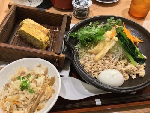 「和え鳥そば ¥980 15時までのランチセット Aセット(鳥ごぼ」@名古屋コーチン 麺屋 鳥しげ 名古屋PARCO店の写真