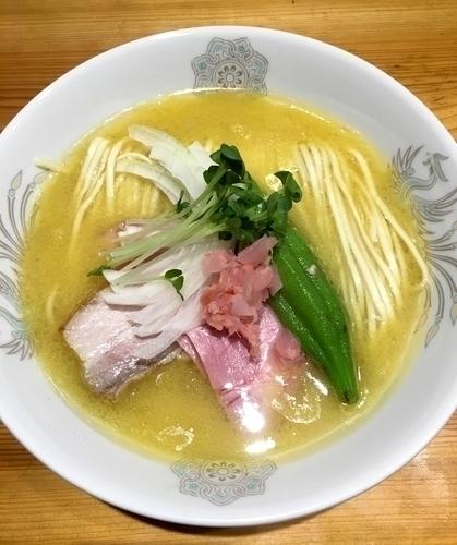「[7/30限定] 純白の鶏白湯 & 灼熱のビビンバ」@麺屋 坂本01の写真