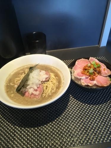 「中華そば &肉飯 1100円」@煮干乱舞の写真