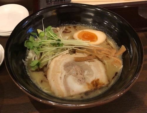 「鶏白湯ラーメン+ライスセット+餃子」@麺処GAKUの写真