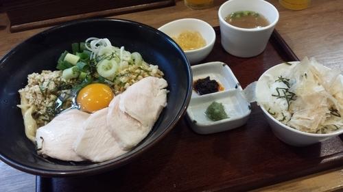 「【8月限定】鶏出汁入り具沢山まぜSOBA1000円」@麺家 Shumen Doushiの写真
