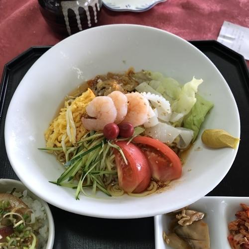「特製 冷し麺(ミニチャーシュー丼付)」@ザ ナショナルカントリー倶楽部 埼玉の写真