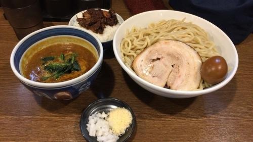 「濃厚味玉カレーつけ麺 大盛+チャーシューのせごはん」@麺屋あらき 竈の番人外伝の写真