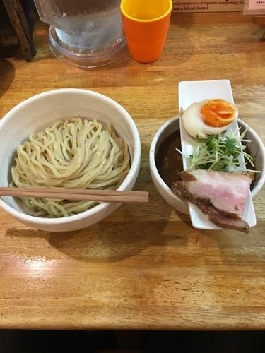 「つけ麺 KURO 大盛」@KÜCHEの写真