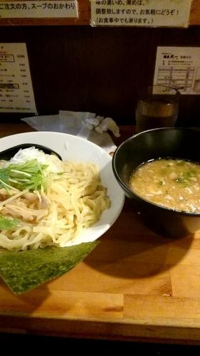 「濃厚鶏骨醤油つけそば」@濃厚鶏そば 麺屋武一 新橋本店の写真