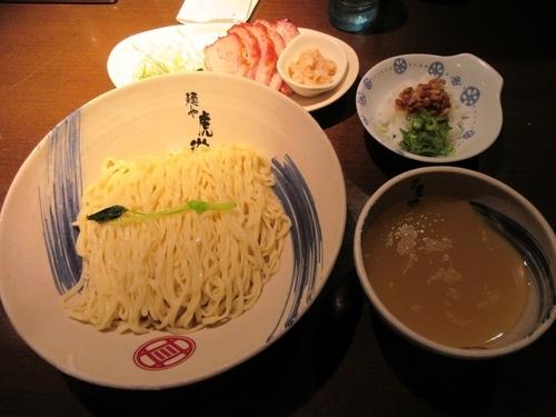 「限定 薬涼潮つけそば(880円)+〆の冷や飯+窯焼きチャー」@麺や 虎徹の写真