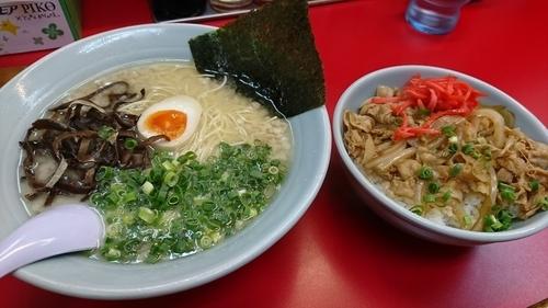 「焼き肉丼セット」@九州ラーメン 元吉田の写真