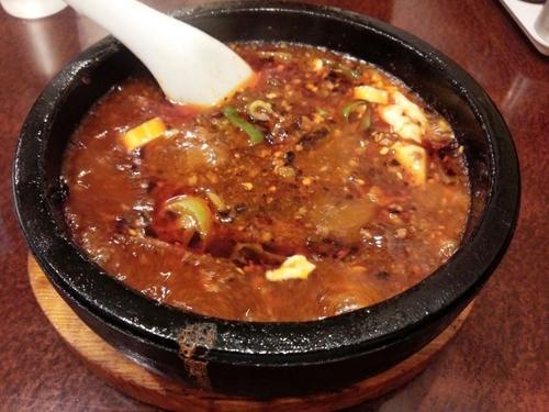 「頂天石焼麻婆刀削麺(中辛)」@味覚 二号店の写真