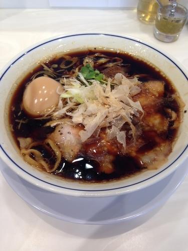 「味玉らーめん(溜り醤油)」@らーめん鱗 茨木店の写真