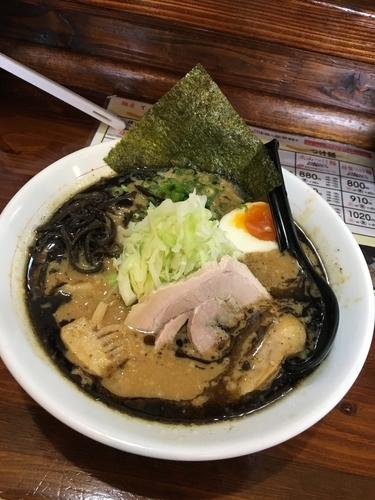 「ドロ系濃厚味噌ラーメン 黒 880円」@麺屋 てっぺんの写真