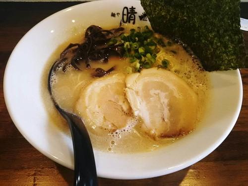 「博多ラーメン650円+替え玉100円」@麺や晴 HARUの写真