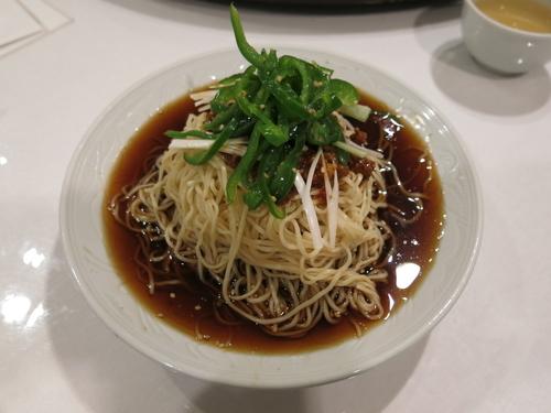 「担々冷麺:1030円」@揚子江菜館の写真