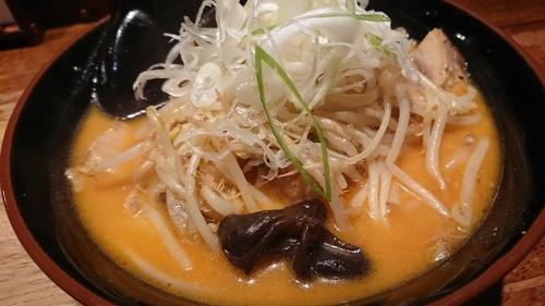 「味噌おろちょん」@北海道らーめん ひむろ 松戸駅前店の写真