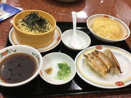 「ざるラーメンセット799円」@餃子の王将 東大成店の写真