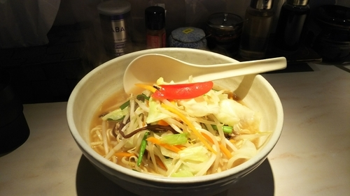 「タンメン醤油大盛」@湯麺 大八の写真