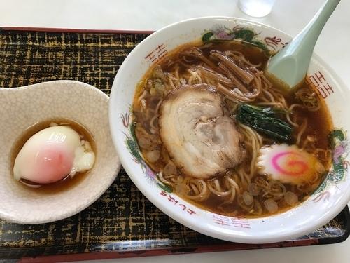 「ラーメン(辛味) 620円 ラジウム玉子 80円」@吉原食堂の写真