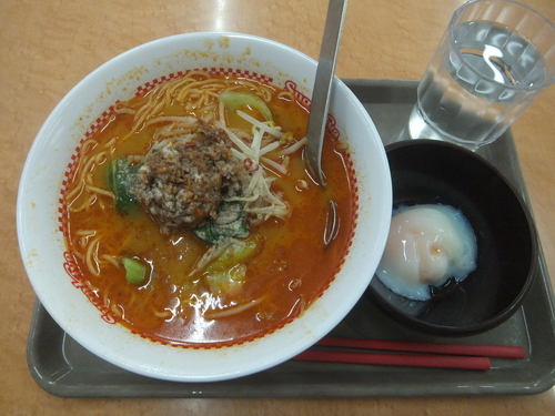 「坦々麺390円+半熟玉子50円」@スガキヤ 大仁アピタ店の写真