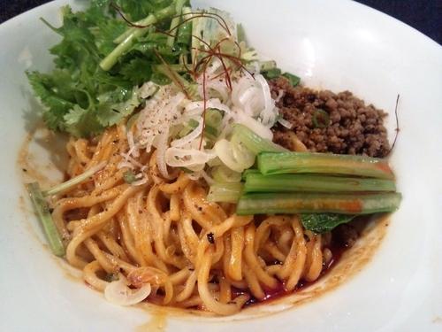 「香菜入り汁なし担々麺(1,000円)」@noodles house 錦鯉の写真
