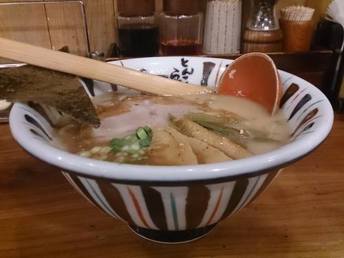 「七志らーめん」@七志 とんこつ編 町田店の写真