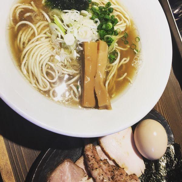 「伊勢海老塩ラーメン +特製」@つけ麺 一燈の写真