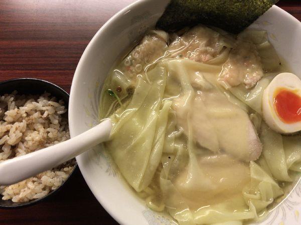 「鶏仙人スーパーワンタンメン900円+ネギそぼろ飯50円」@ラーメンげんきだまの写真