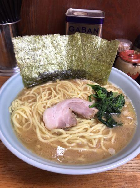 「ラーメン大盛り麺硬め」@横浜ラーメン はま家の写真