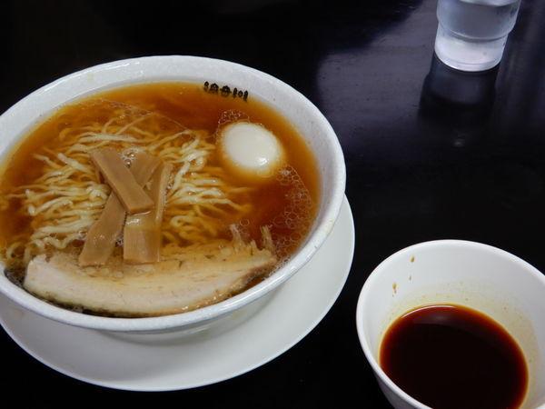 「小チャーシュー味玉大盛、硬め濃いめ」@食堂 はせ川の写真