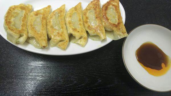 「餃子(6個)」@台湾料理 蓬莱閣 小諸店の写真