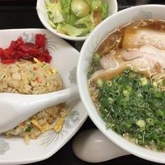 尾道ラーメン 味平 海田店の写真