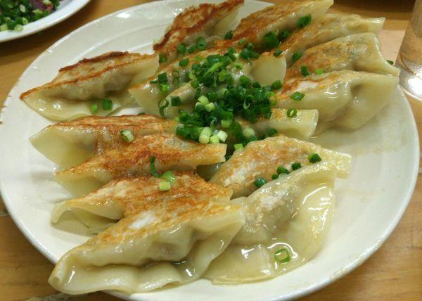 「俺のぎょうざ 450円」@MENYA 食い味の道有楽の写真