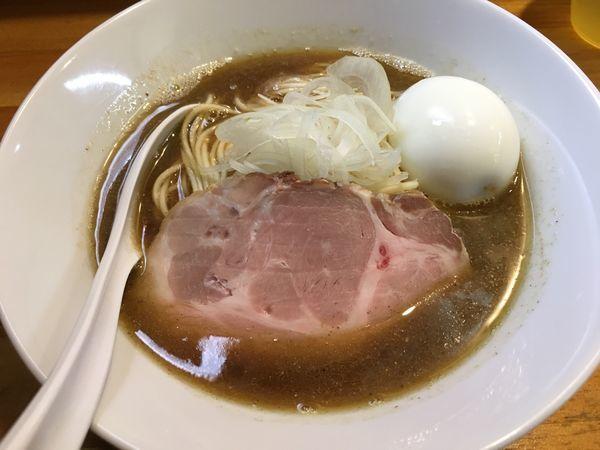 「醤油ソバ+味玉」@煮干中華ソバ イチカワの写真