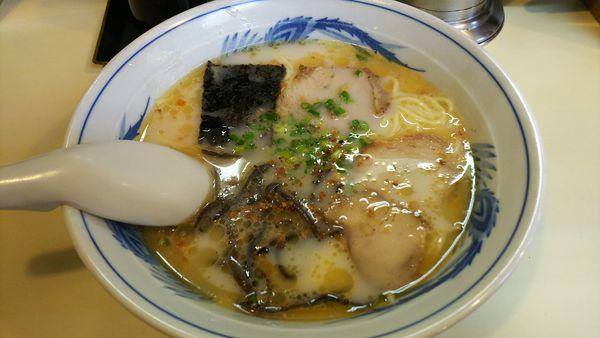 「ラーメン」@熊本ラーメン こむらさき 上通中央店の写真