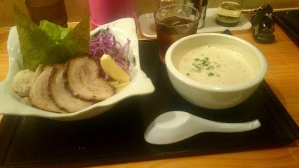 「チャーシュー鴻鶏」@朝日屋の写真